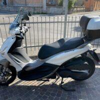 Piaggio Beverly 350 Occasione Garantita Anno 04-2016 Appena Km 4000 Bianco Lucido